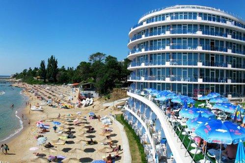 Ţara est-europenă în care numărul de turişti  depăşeşte cu mult populaţia