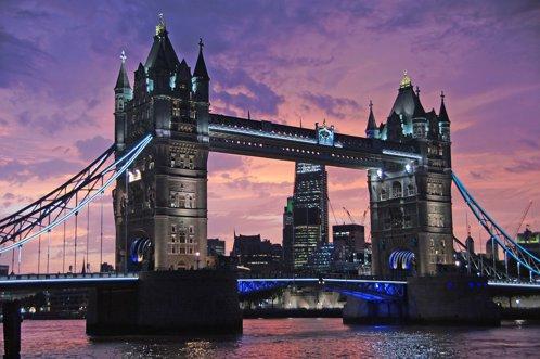 Companiile străine năvălesc în Marea Britanie după Brexit. Care este motivul