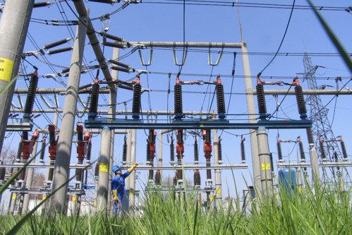 România îşi ia adio de la 2 mld. de euro pe care le ceruse după privatizările din energie