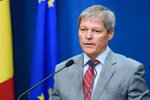 """Planurile premierului Cioloş pentru România: a """"pus ochii"""" pe o bancă cu 100 de miliarde de dolari"""