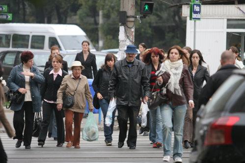 Câţi români şi-au făcut pensii private? Care este diferenţa dintre pensiile private obligatorii şi cele facultative