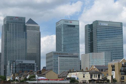Cea mai mare bancă din Europa mută 1.000 de angajaţi din Marea Britanie în Franţa, după Brexit