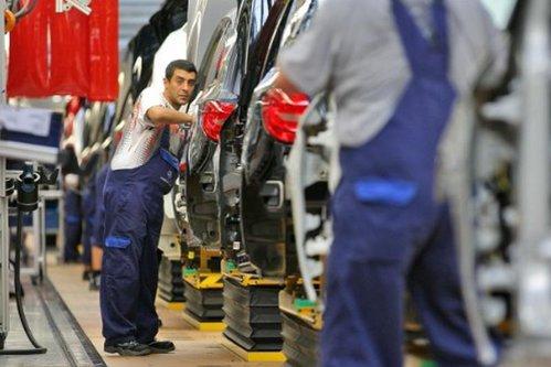 Nemţii de la Daimler, afaceri de sute de milioane de euro în România