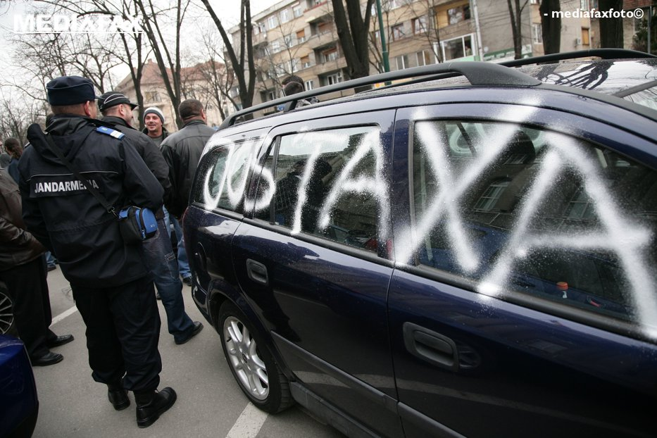 Statul nu poate să dea înapoi banii pe Taxa Auto. Suma este uriaşă