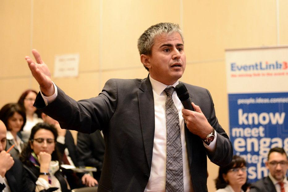 Fost secretar de stat la Finanţe: Modificările la Codul Fiscal măresc deficitul şi îi fac pe români să se împrumute la cămătari