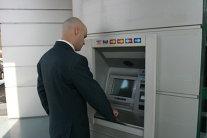 REVOLUŢIE pe piaţa bancară. Două dintre CELE MAI IMPORTANTE BĂNCI din România FUZIONEAZĂ. Nimeni nu se aştepta la acest ANUNŢ