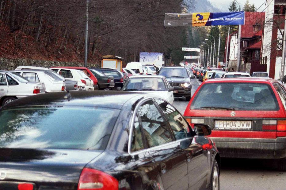 """De ce nu face România bani din turism? Concluzia dureroasă dintr-un raport oficial: """"Este de neconceput că se poate realiza performanţă când faci cinci ore de la Bucureşti la Râşnov"""""""