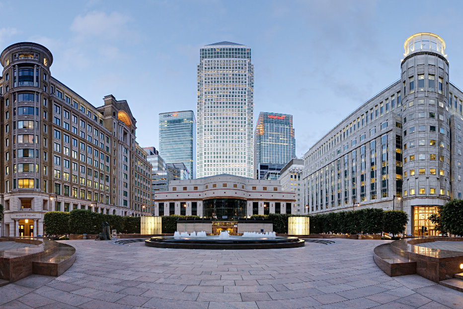Londra, din nou afectată de Brexit: O mare bancă americană mută sute de angajaţi în trei birouri din UE