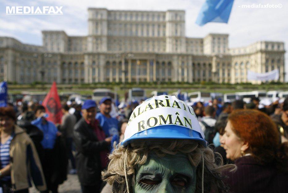 Legea salarizării unitare a intrat în vigoare. De când vor primii românii lefuri mai mari