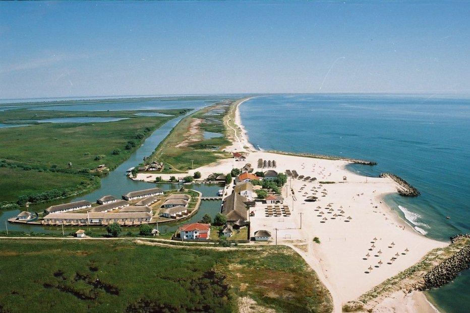Staţiunea din România de care nu ai auzit, dar care devine un Saint Tropez al Europei de Est. Este una dintre cele mai frumoase plaje din lume
