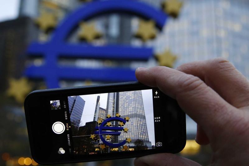 Surpriza din sistemul bancar românesc. Topul UE în care România a depăşit Franţa şi Germania
