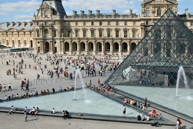 Preţul pachetelor turistice city-break în marile oraşe europene, cu până la 40% mai ieftine în lunile iulie şi august