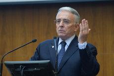 Cât a câştigat Mugur Isărescu în 2016, ca guvernator al BNR