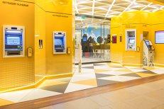 O mare bancă din România elimină cele mai importante comisioane. Lista operaţiunilor pentru care nu mai plăteşti nimic