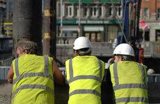 Modificări drastice ale Codului Muncii. Noile reguli impuse angajatorilor. În ce condiţii poate fi sistată activitatea unei firme