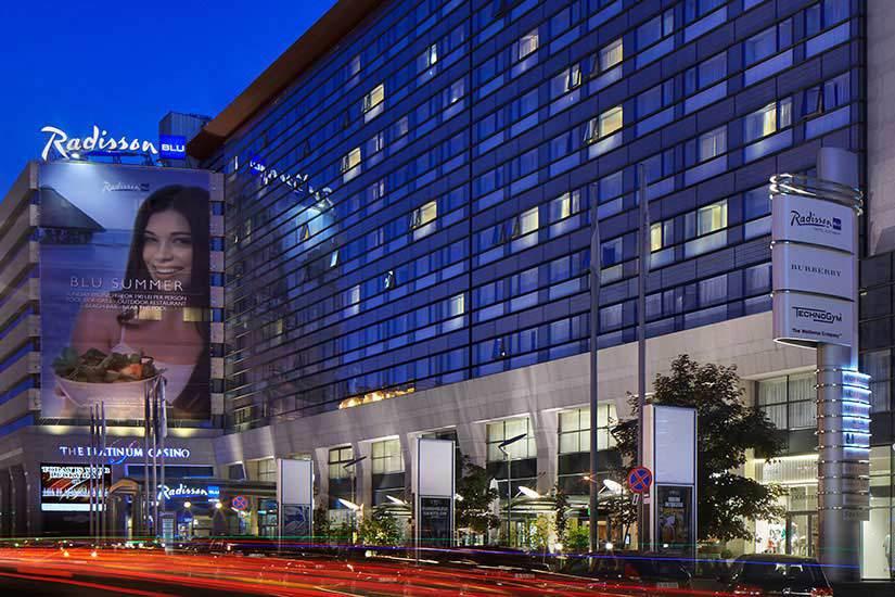 Israelienii care deţin hotelul Radisson au vândut un teren din Timişoara . Oraşul de pe Bega ar putea avea un nou mall