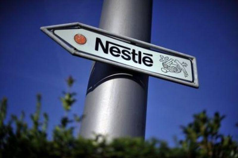 """Nestle, în mijlocul unui scandal uriaş. Ce ar fi vândut compania în loc de """"apă naturală de izvor 100%"""". """"E o fraudă colosală"""""""