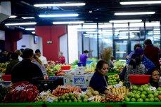 """Conservele pentru export ale bulgarilor, făcute cu legume româneşti. """"Au fost zile când au încărcat peste 20 de tone, şi veneau zilnic"""""""