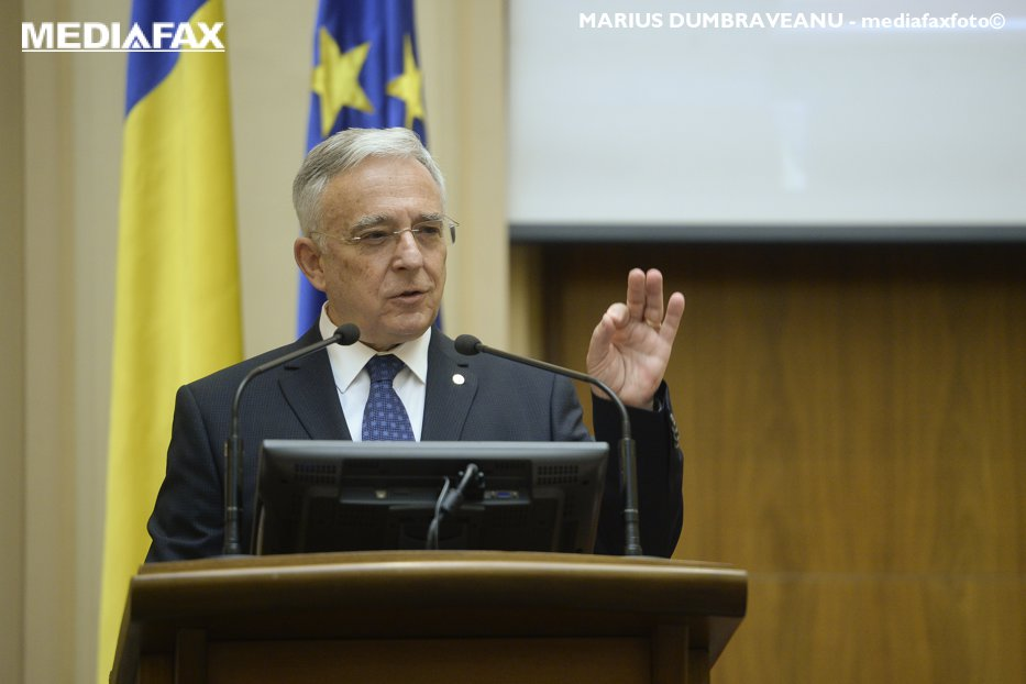 """Mugur Isărescu, chemat în Comisia economică a Senatului ca să dea explicaţii legate de IFN-uri şi de """"dobânzile aberante de 7-8.000 %"""