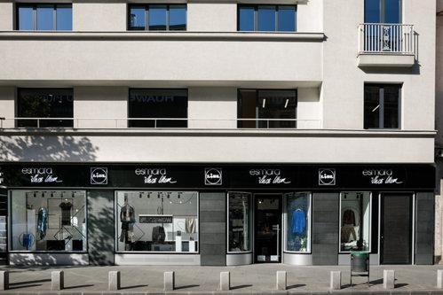 Lidl deschide primul magazin de haine din România. GALERIE FOTO