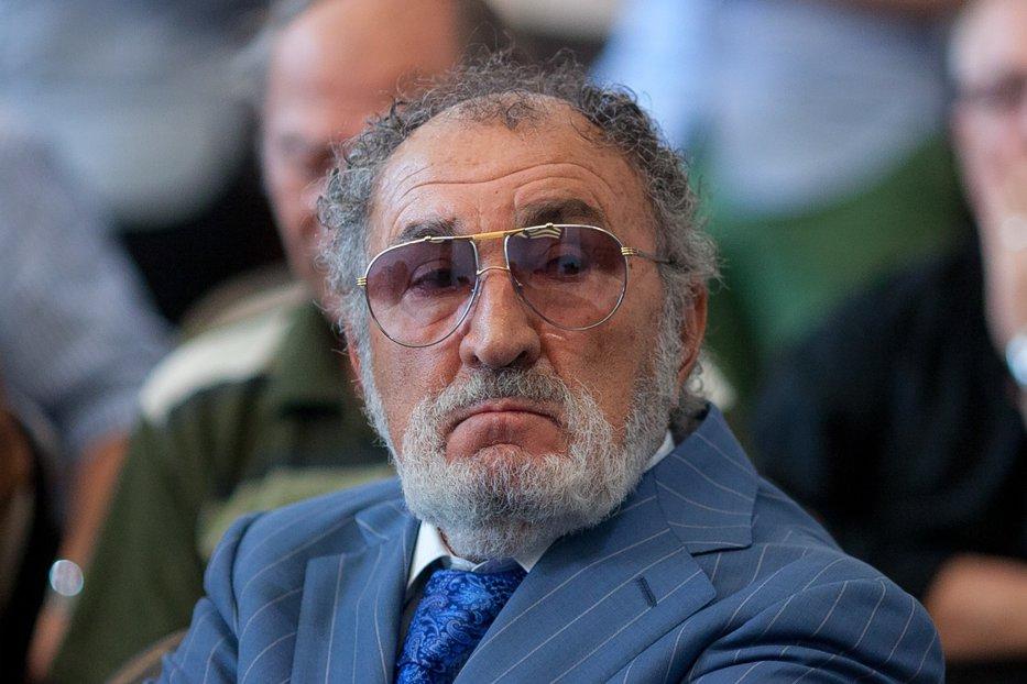 """Ce probleme are Ion Ţiriac: """"Dau de mâncare la mii de oameni şi cu cât se scumpeşte benzina, cu atât vând eu mai puţin"""""""