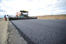 Cine sunt constructorii care se bat pentru aproape 2 miliarde de lei de la Ministerul Transporturilor