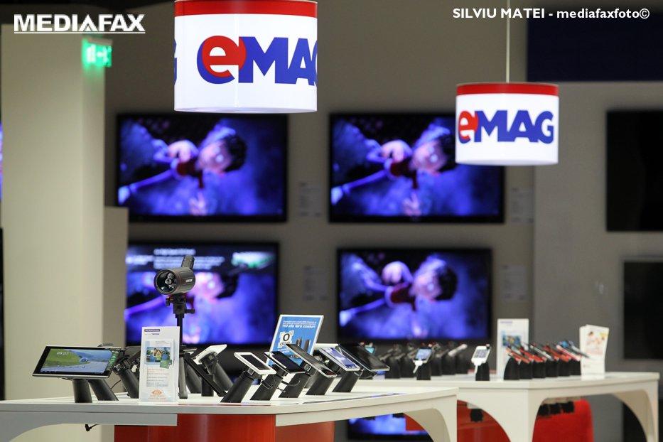 """Înainte de Black Friday, eMAG anunţă o """"investiţie fabuloasă"""". Problema rezolvată cu 10 milioane de euro"""