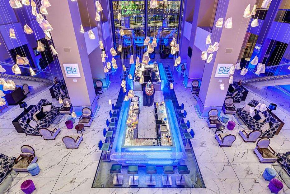 Suma impresionantă pentru care se vinde unul dintre cele mai mari şi mai frumoase hoteluri din Bucureşti