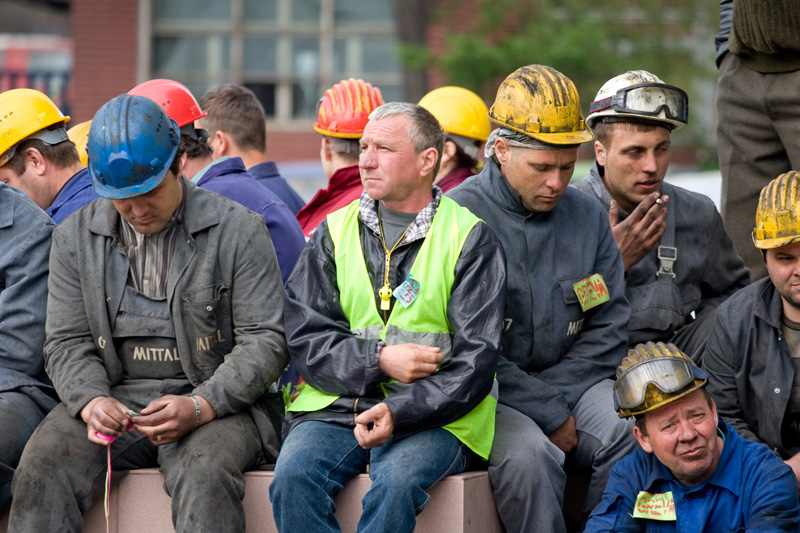 Combinatul ArcelorMittal, anunţ pentru angajaţi,  după transferul contribuţiilor