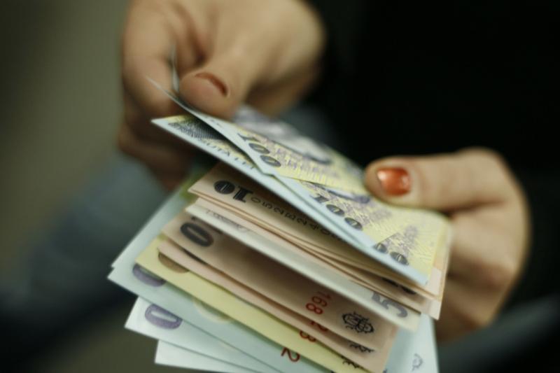 """Decizia BNR care va produce creşterea ROBOR şi a dobânzilor la credite: """"Este un efect al inflaţiei"""