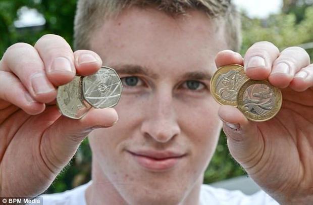 Metoda foarte simplă de a face bani descoperită de un tânăr de 20 de ani. A renunţat la serviciu şi acum câştigă 100.000 de euro
