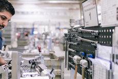 Un nume mare din industria auto din Germania îşi deschide fabrică în România: cel puţin 500 de oameni vor fi angajaţi