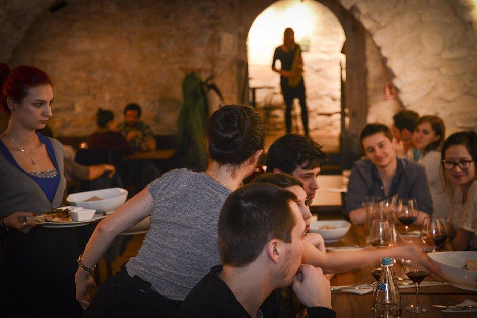 """Doi canadieni îşi închid restaurantul din Cluj din cauza schimbărilor din domeniul fiscal: """"Nu poţi suporta la nesfârşit aceste taxări suplimentare care îţi ruinează afacerea"""""""