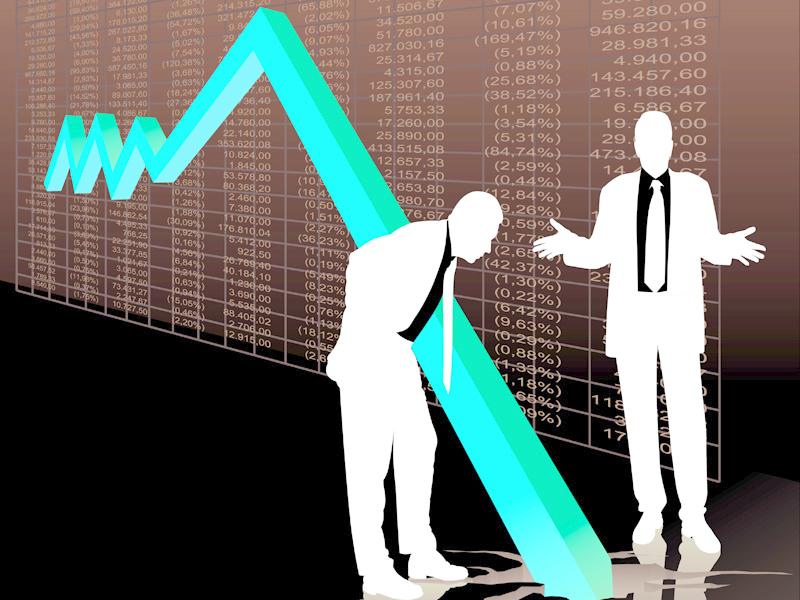 Domeniile economice cu cel mai mare risc de faliment. Unde spun specialiştii că nu e bine să investeşti