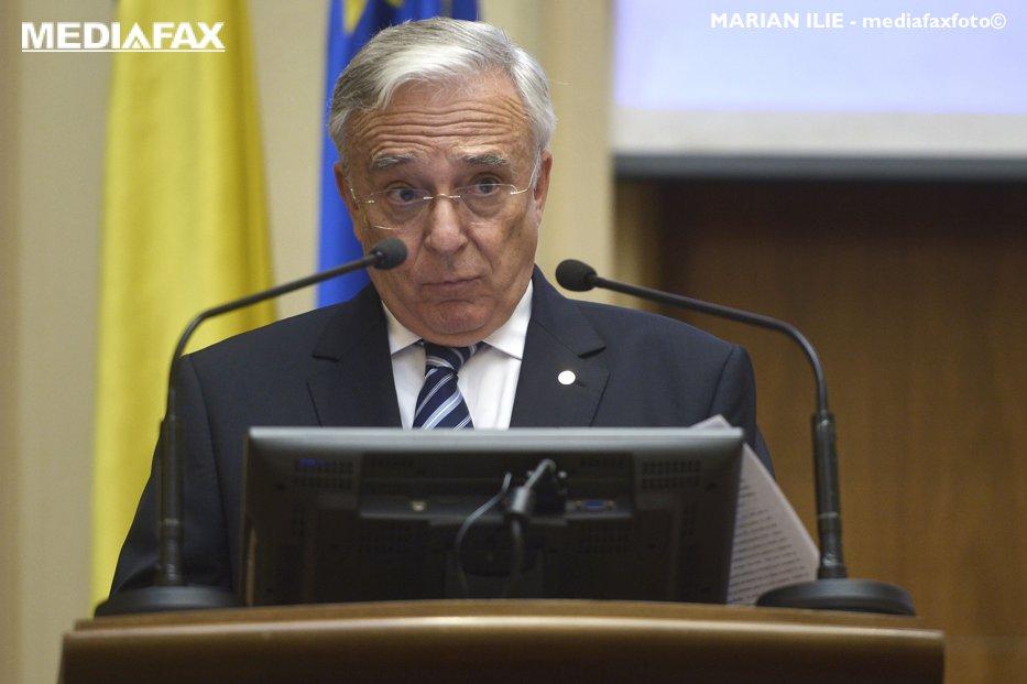 """După ce a văzut ce importă România, Isărescu s-a declarat """"frapat"""". Produsul care a stârnit mirarea guvernatorului BNR"""