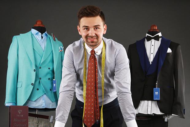 Povestea tânărului român care a transformat un magazin de 32 de metri pătraţi într-un business de un milion de euro