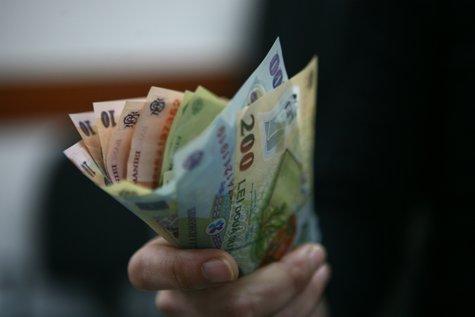 Ce salariu are după Revoluţia Fiscală un angajat cu un câştig brut de 7.128 de lei. Cele trei scenarii posibile