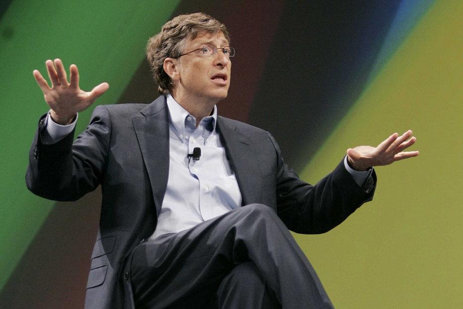 """Bill Gates vrea să plătească taxe mai mari. """"Am dat 10 miliarde de dolari, mai mult decât oricine, dar nu este suficient"""""""