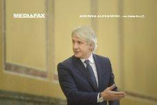 Teodorovici explică ce a vrut să spună Dăncilă în legătură cu salariile: A zis clar că bugetarii care au cerut vor primi lefurile înainte de Paşti