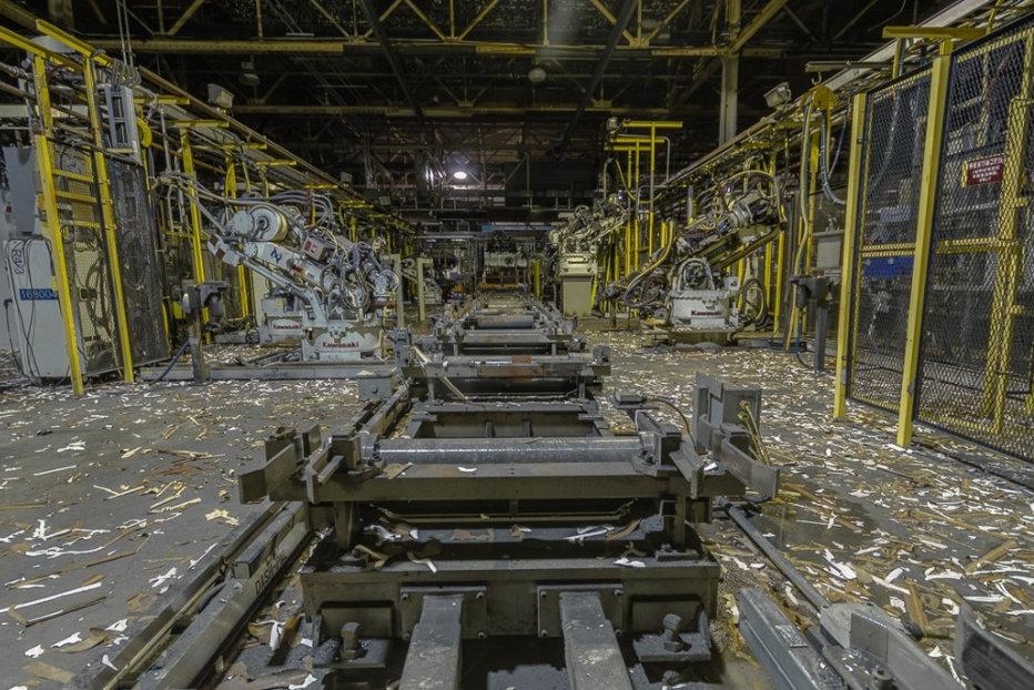 Şoc în industria auto. Un gigant mondial cu fabrici şi în România concediază mii de angajaţi