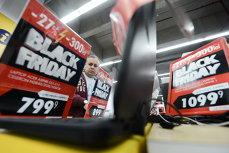 """Black Friday, la momentul adevărului. Consiliul Concurenţei: """"Consumatorii au impresia că primesc o reducere"""""""