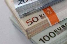 """Primul efect al discuţiilor BNR-Dragnea-Guvern, de la Parlament: cursul Euro a """"explodat"""""""