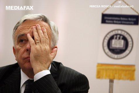 """Răspunsul lui Isărescu, întrebat dacă va mai fi Guvernatorul BNR: """"Nu mai pot, am 70 de ani... """"."""