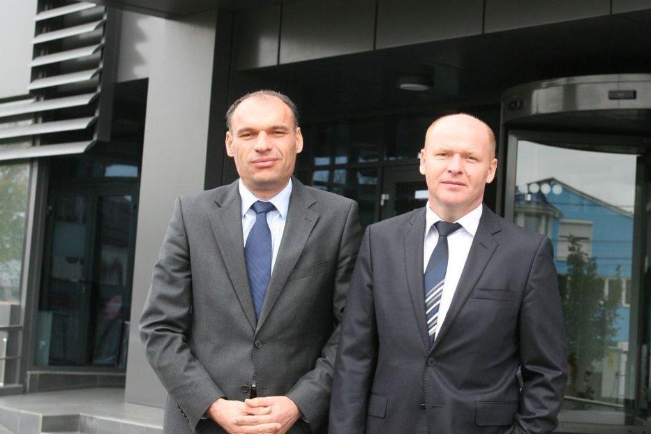 Cum au sfidat criza fraţii Pavăl? Dedeman, cea mai mare companie românească, a ajuns la afaceri de 7 ori mai mari decât în 2008. Cifra de afaceri este uriaşă