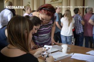 Guvernul pregăteşte o nouă schemă de ajutor de stat:  împrumuturi fără dobândă pentru tineri, chiar şi pentru cei care NU muncesc. Care este suma şi ce ai voie să faci cu banii