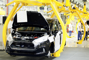 China va reduce taxele de import pentru autovehicule şi piese auto
