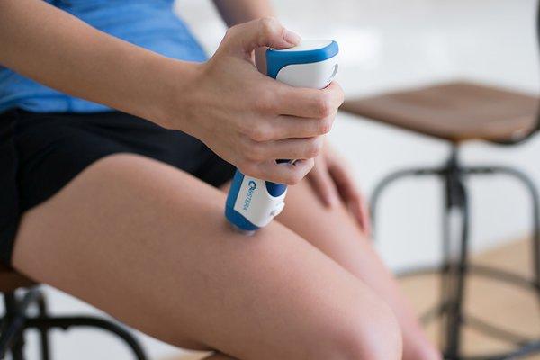 dispozitiv pentru administrarea fără durere a injecţiilor