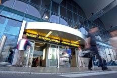 Biletele de avion s-ar putea IEFTINI în România. Ce se va întâmpla în plan global