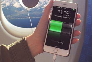 ÎNCĂRCĂTOR COMUN pentru toate telefoanele mobile. Comisia Europeană COMPARĂ costurile cu beneficiile
