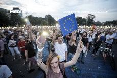 EXODUL INTELIGENŢEI: România A DONAT materie cenuşie până a rămas cu schemele de conducere GOALE. Unul din cinci români care pleacă din ţară are CALIFICARE SUPERIOARĂ